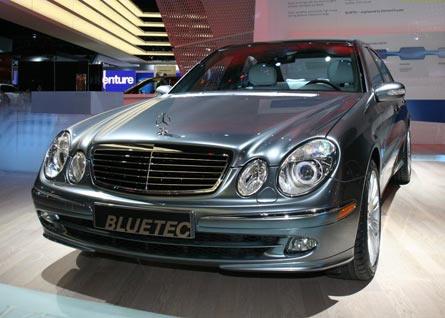Mercedes-Benz-E320.jpg